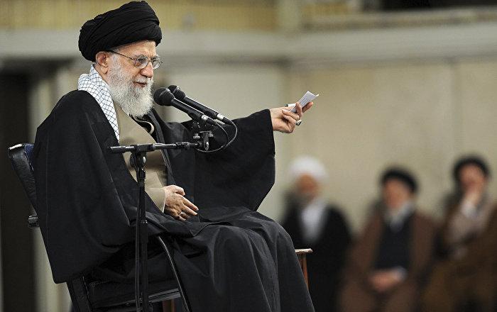 المرشد الإيراني يصدر بيانا