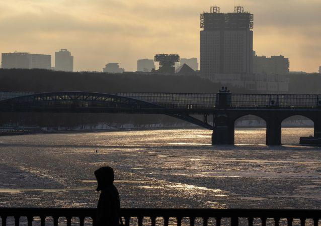 جسر أندريفسكي على نهر موسكو