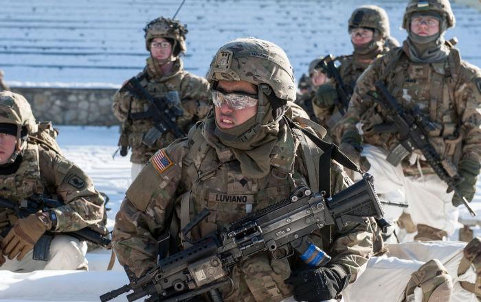 القائم بأعمال وزير الدفاع الأمريكي: ملتزمون بدعم