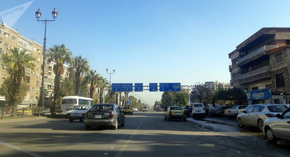 أوتستراد المزة  في دمشق