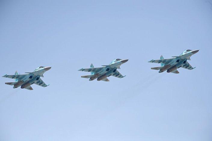 مقاتلات قاذفة من طراز سو-34
