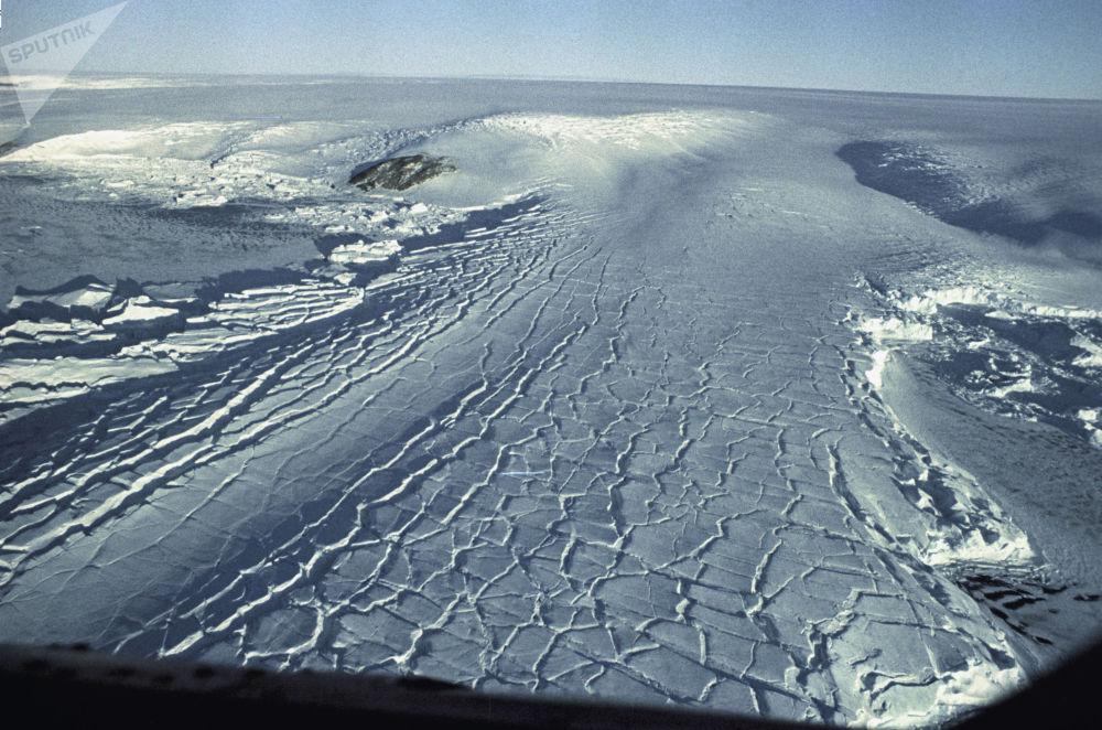 القبة الجليدية لأنتاركتيكا