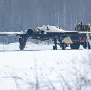 يفترض أن تظهر في الصورة طائرة أوخوتنيكِ