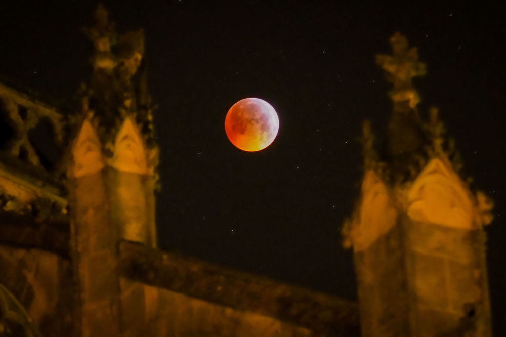 القمر الدموي في فرنسا الوسطى، 21 يناير/ كانون الثاني 2019