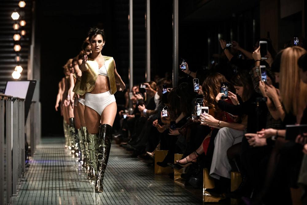 عرض Lingerie Rocks للأزياء الداخلية في باريس، 20 يناير/ كانون الثاني 2019