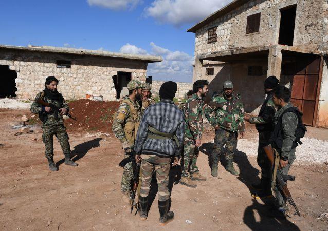 الدفاع الوطني السوري في مواقع قتالية معاكسة لـ جبهة النصرة في ريف حلب، سوريا يناير/ كانون الثاني 2019