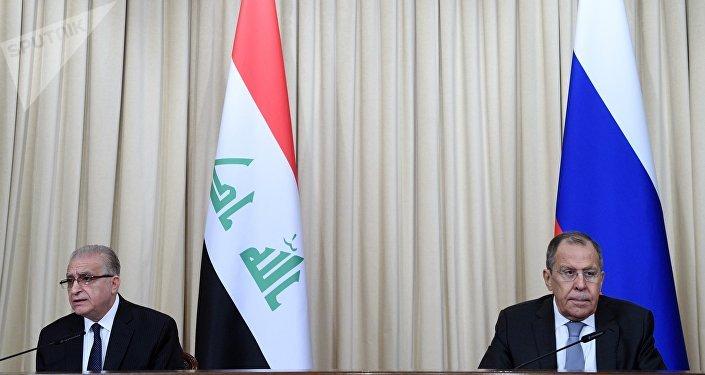 مؤتمر صحفي بين وزير الخارجية الروسي سيرغي لافروف ونظيره العراقي محمد الحكيم