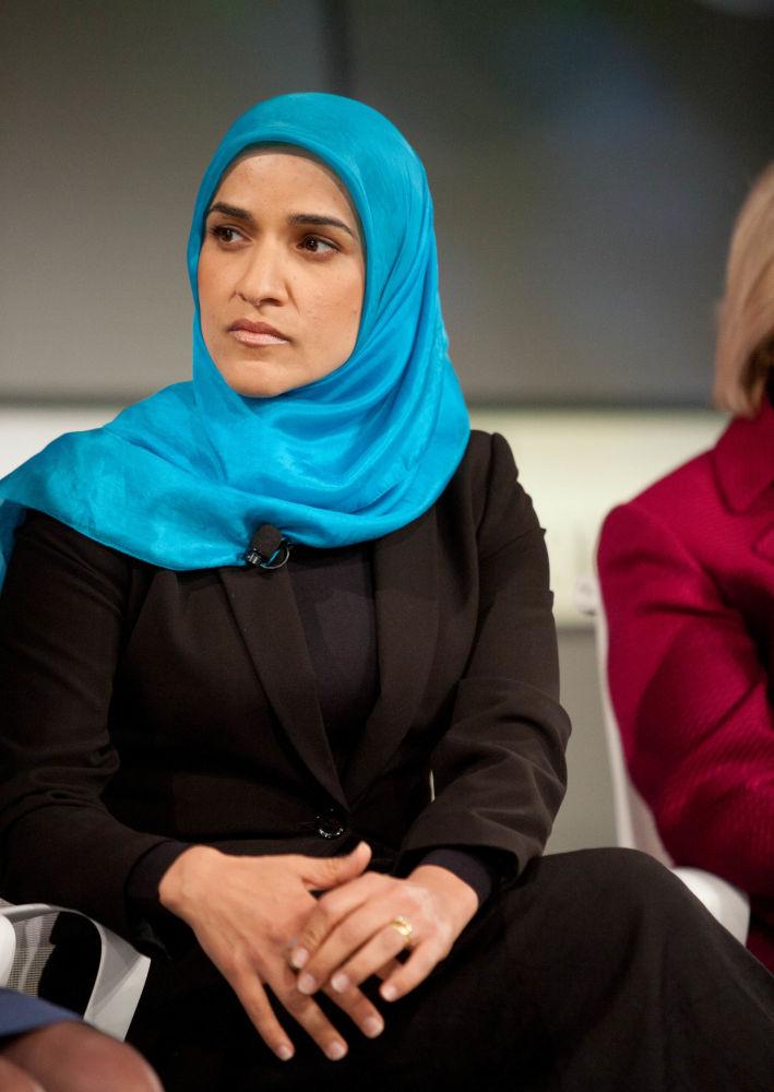 العالمة داليا محمد أثناء  قمة النساء الأكثر نفوذا في العالم (Fortune Most Powerful Women Summit) في كاليفورنيا، الولايات المتحدة الأمريكية