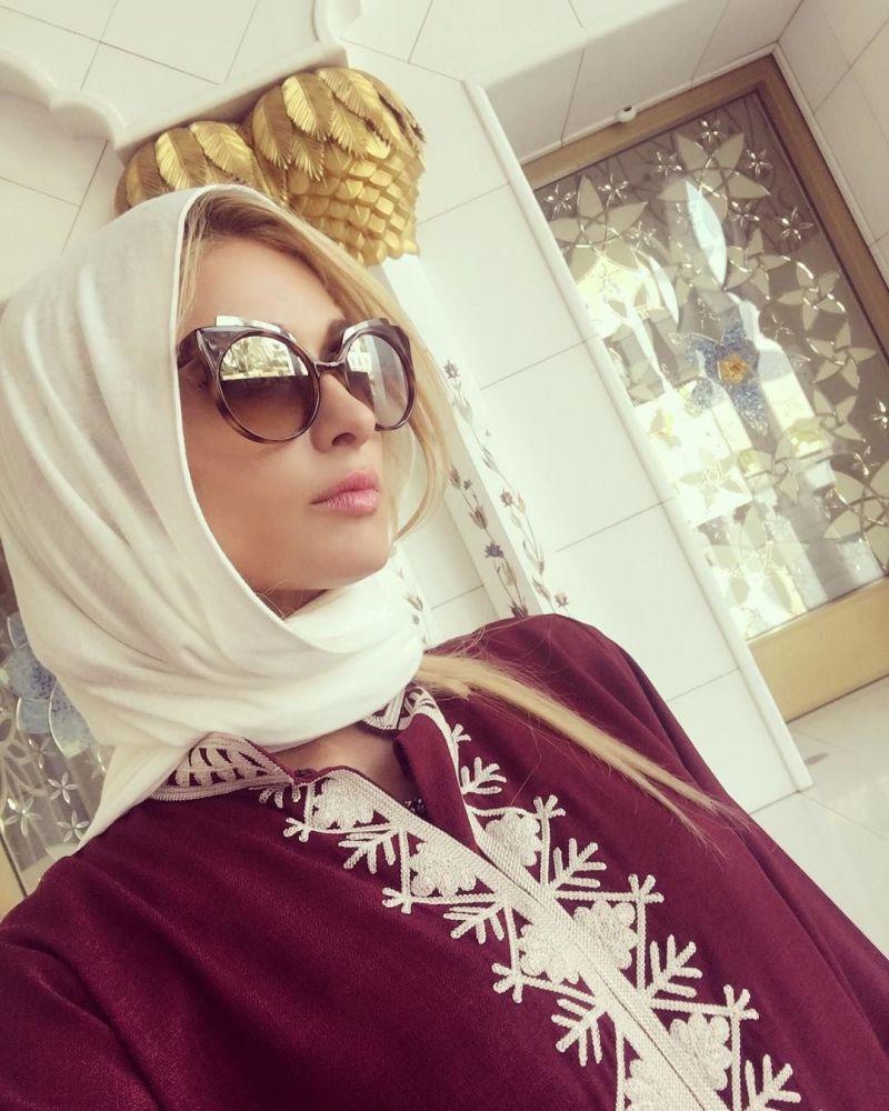 الممثلة باريس هيلتون في الإمارات العربية المتحدة