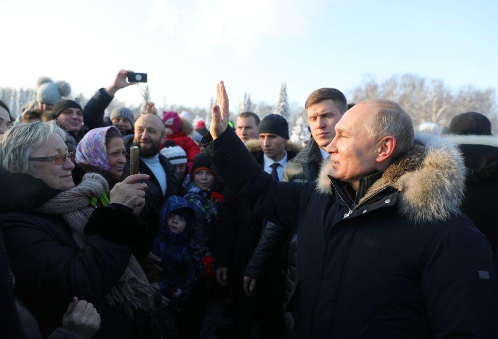 الرئيس فلاديمير بوتين يشارك في فعاليات الذكرى 75 لرفع الحصار عن ليننغراد من الحصار النازي (لينينغراد 1941-1943)، سان بطرسبورغ 27 يناير/ كانون الثاني 2019