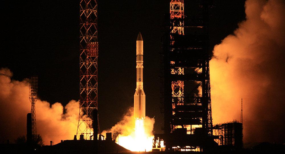 إطلاق صاروخ حامل ل Yahsat 1B