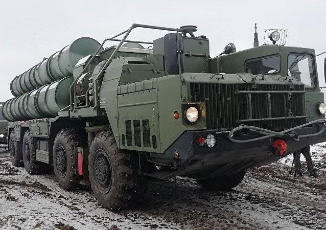 منظومة صواريخ إس-400 المضادة للصواريخ