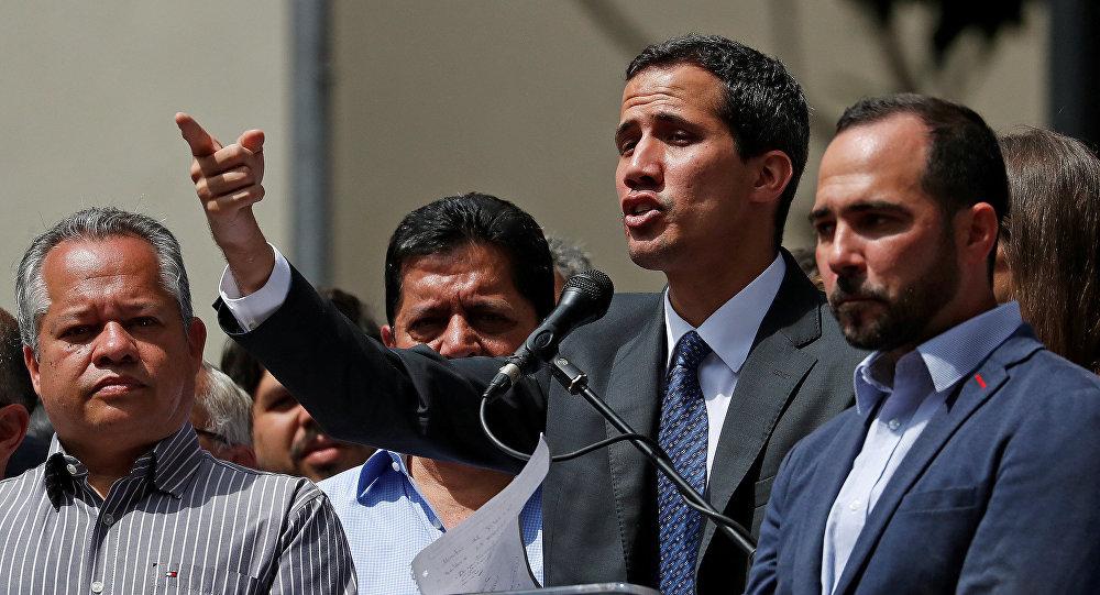 زعيم المعارضة الفنزويلية خوان غوايدو في كاراكاس، فنزويلا  25 يناير / كانون الثاني 2019