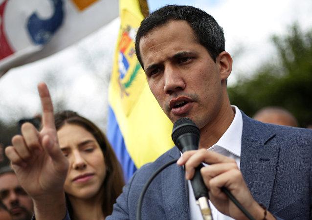 زعيم المعارضة الفنزويلية خوان غوايدو في كاراكاس، فنزويلا  26 يناير / كانون الثاني 2019