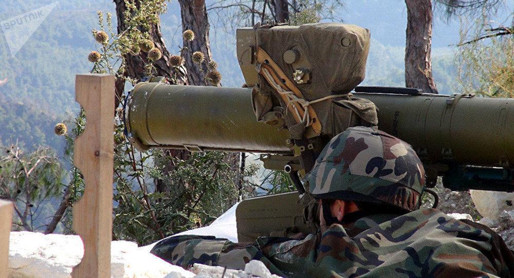تعزيزات عسكرية لوحدات الجيش السوري المرابطة على مرتفعات ريف اللاذقية الشرقي اتسعدادا لأوامر باقتحام مواقع التركستانيين في الجبهة الغربية لريف إدلب