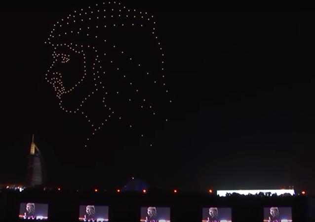 عرض ضوئي للطائرات المسيرة في الإمارات