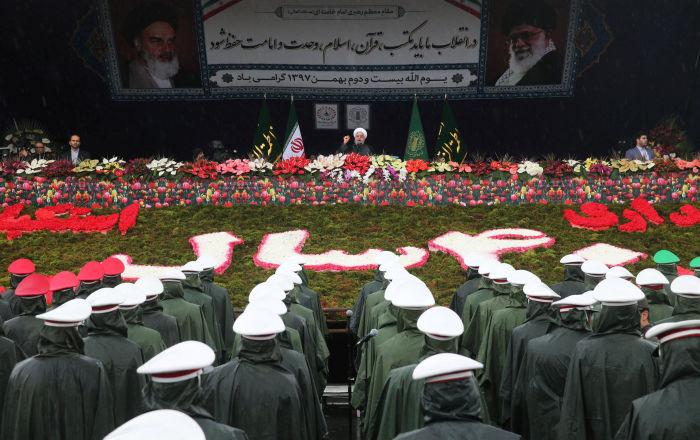 جنرال إيراني: الجيش بلغ قمة القوة والاستعداد