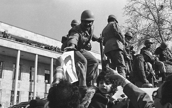 بعد 40 عاما من اندلاعها... إيران تحقق مكاسب ولكن هناك ما يهدد ثورتها