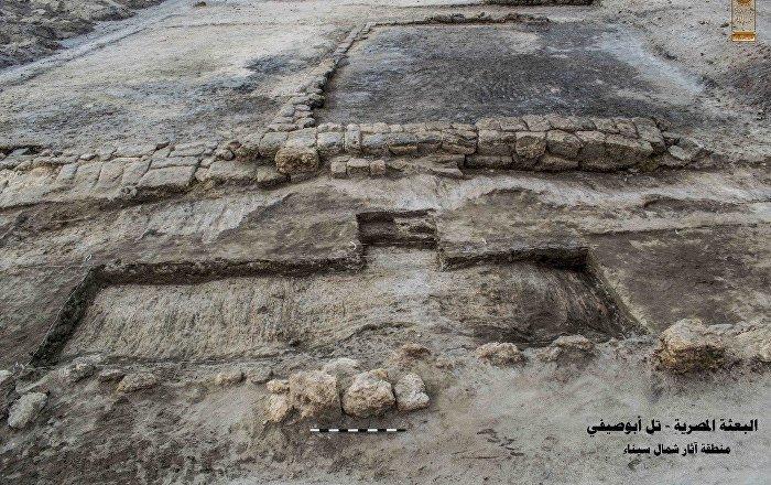 مصر... الكشف عن ورشة لبناء وإصلاح السفن عمرها أكثر من 2000 عام (صور)