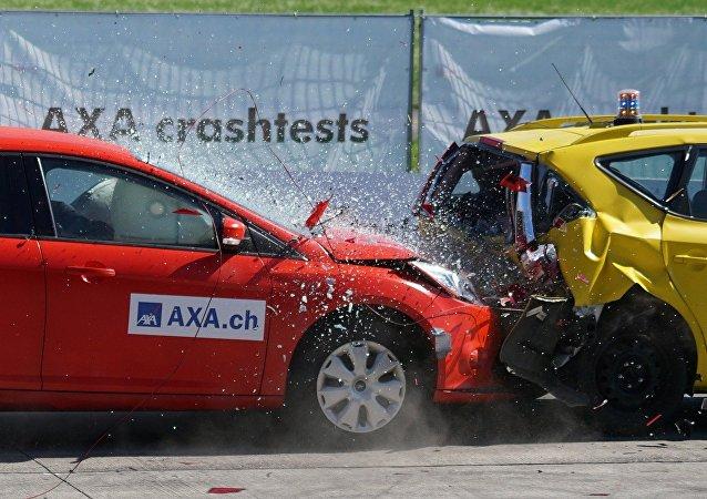 تجربة أمان السيارات