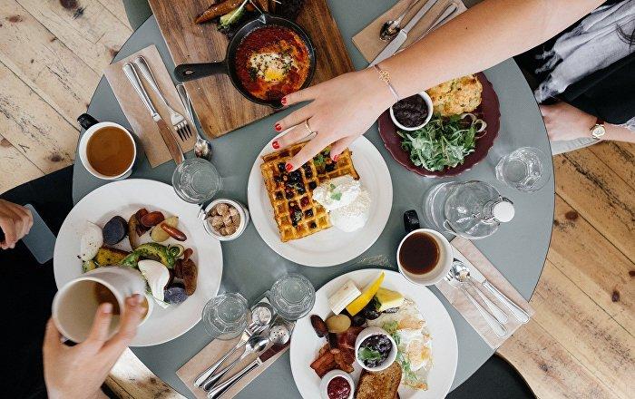 آلية جديدة تمكنك من معرفة مذاق الطعام دون تذوقه… فيديو وصور