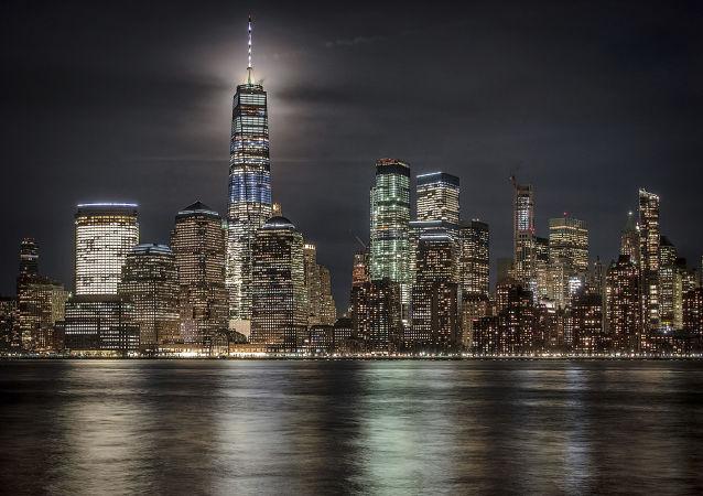 ظهور القمر العملاق في نيويورك، الولايات المتحدة 19 فبراير/ شباط 2019
