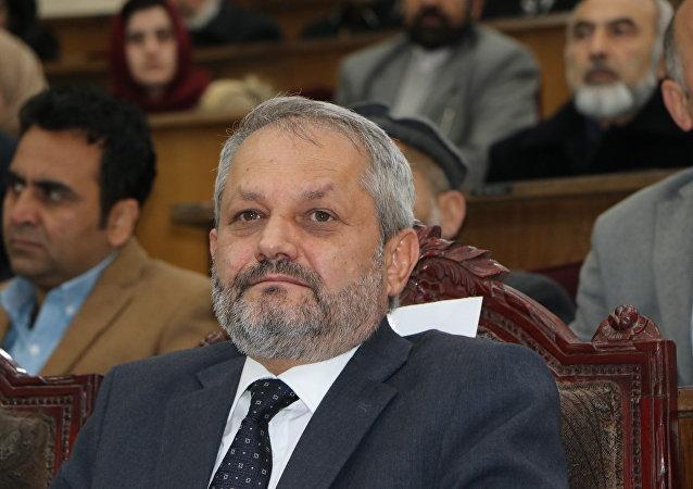 فیروز الدین فیروز وزیر الصحة الأفغاني