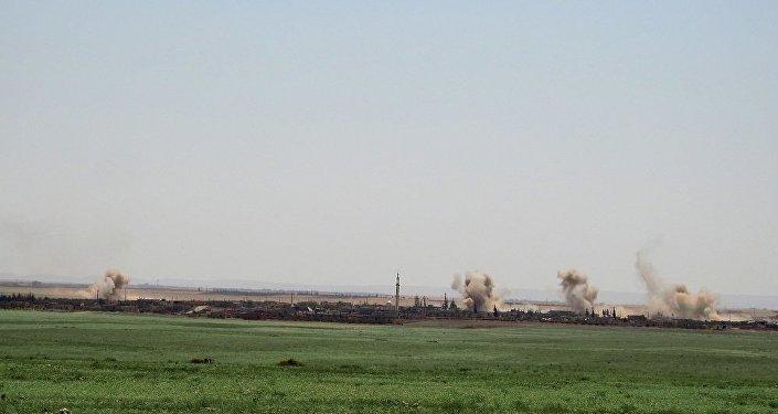 سيناريو الغوطة.. الحربي السوري يدمر بنك أهداف لـالقاعدة بريف إدلب