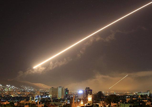صواريخ أمريكية على دمشق