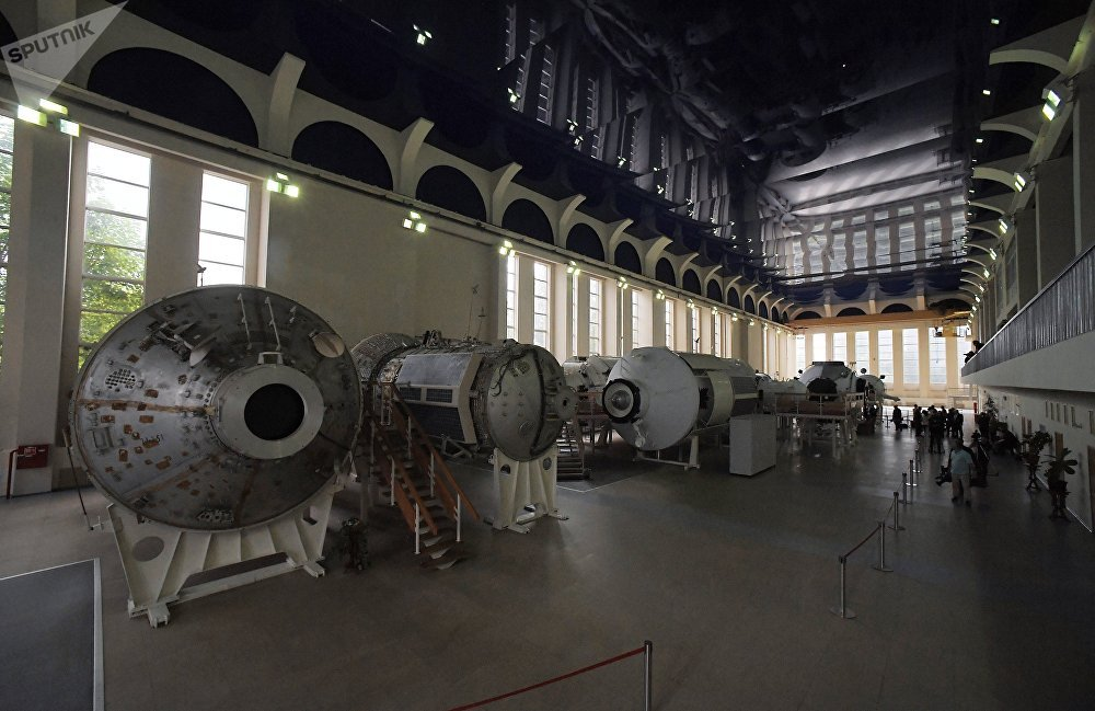 مجمع التدريب في مركز الفضاء في مدينة النجوم
