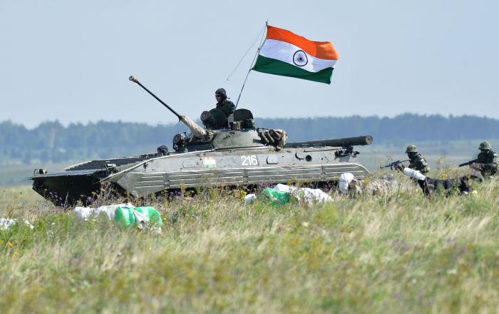 جديد الجيش الهندي…جرار تمت ترقيته ليصبح مدرعة…صور