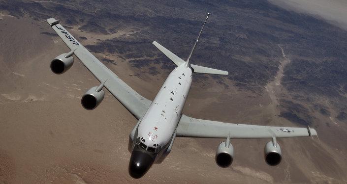 طائرة الاستطلاع الأمريكية  RC-135