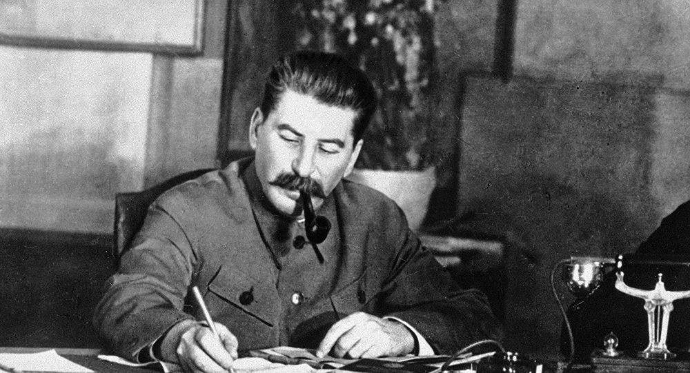 كيف أعلن ستالين عن بداية الحرب الوطنية العظمى
