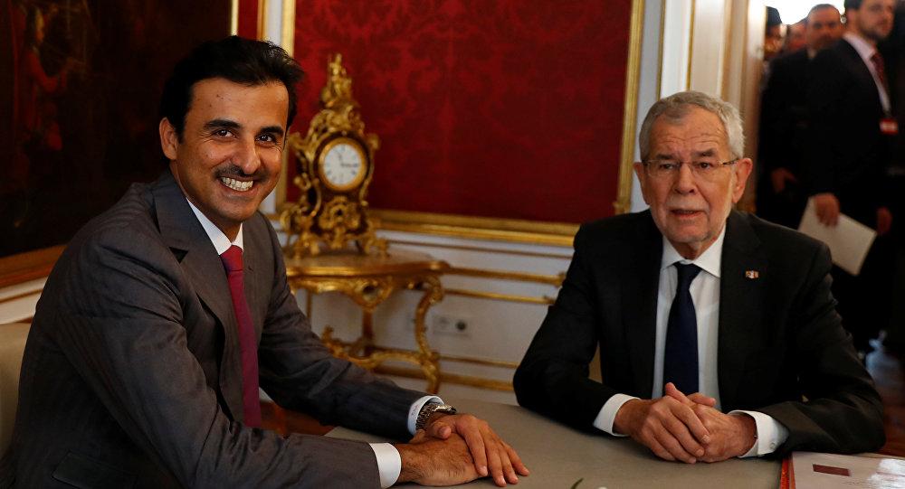 أمير قطر تميم بن حمد  مع الرئيس النمساوي ألكسندر فان دير بيلين