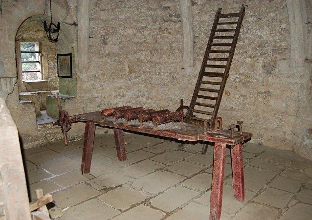 أفظع وسائل التعذيب في العصور الوسطى