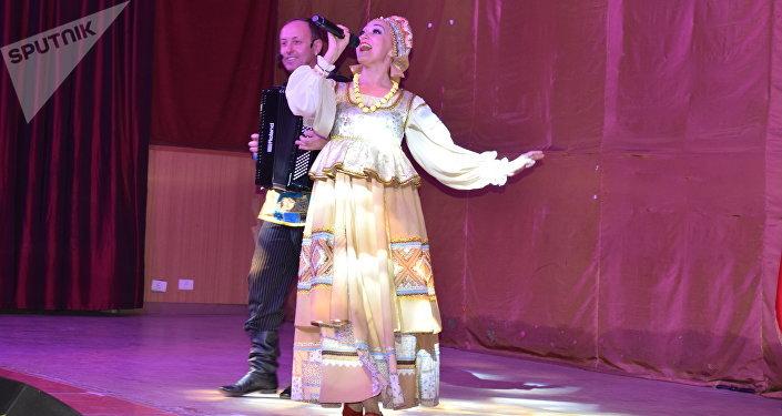 فرقة يارماركا الروسية تنشر الفولكلور الروسي في لبنان