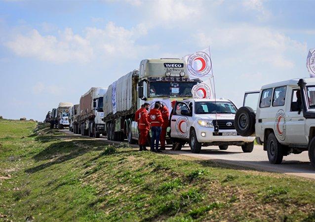 قافلة إنسانية لـ 50 ألف شخص تصل منبج شمال سورية