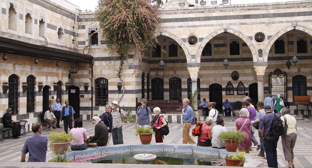 قصر العظم الذي يضم متحف الفنون والتقاليد الشعبية في مدينة دمشق القديمة