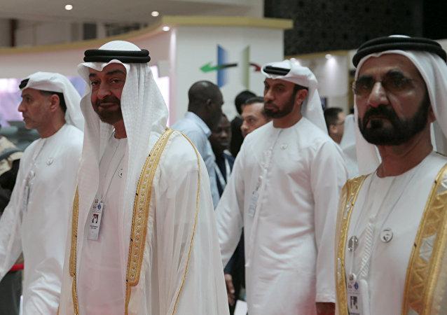 ولي عهد أبوظبي الشيخ محمد بن زايد مع حاكم دبي الشيخ محمد بن راشد آل مكتوم