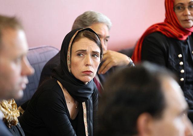 رئيسة الوزراء النيوزيلندية جاسيندا أرديرن تلتقي بممثلي الجالية المسلمة في مركز كانتربري للاجئين في كرايستشيرش