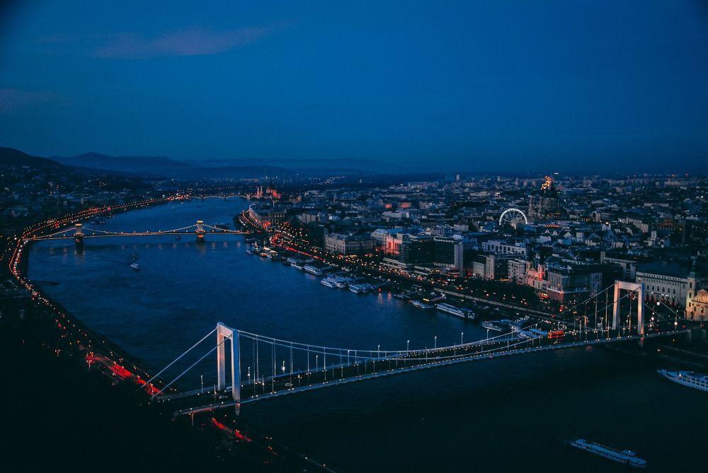 نهر دانوب في بودابست، المجر