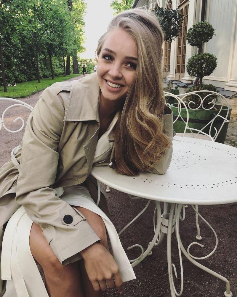 المتزلقة الروسية ألكسندرا ستيبانوفا