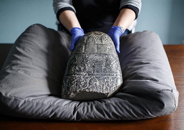 حجر بابلي أثري