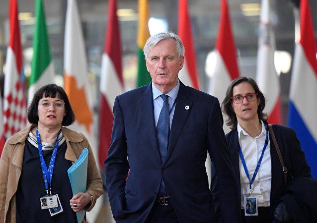 كبير مفاوضي الاتحاد الأوروبي في الاتحاد الأوروبي ميشيل بارنييه يصل إلى قمة قادة الاتحاد الأوروبي في بروكسل