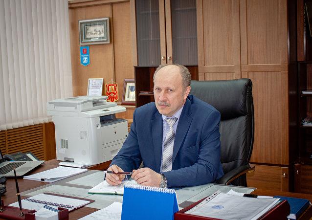 المدير العام لمؤسسة توشماش فاليري ماكييف