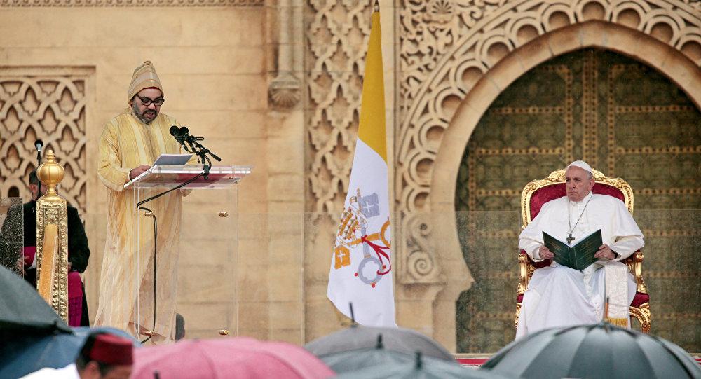 العاهل المغربي الملك محمد السادس وبابا الفاتيكان فرانسيس