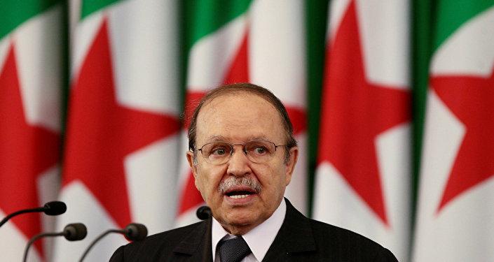 صورة أرشيفية للرئيس الجزائري عبد العزيز بوتفليقة، 2009