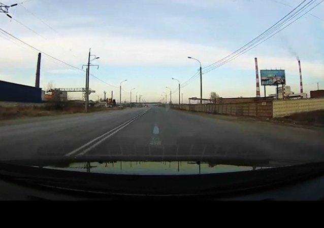 بالفيديو..سقوط نيزك في كراسنويارسك الروسية