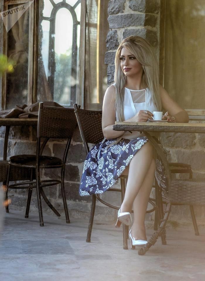 سفيرة السلام والنوايا الحسنة: طريقان أمام الفنان السوري إلى الشهرة..المال أو التنازلات الجسدية Адель Баракат