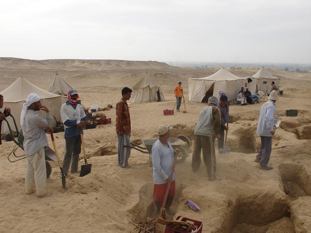 بدعم من التجمع الحكومي الروسي «روس تيك» عثر علماء الآثار الروس على آثار مصرية قديمة فريدة من نوعها